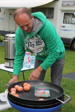 Euh een eitje bakken!!!!