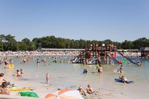 Strand zilvermeer